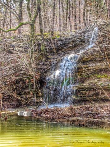 Small cascade feeding the Buffalo river.